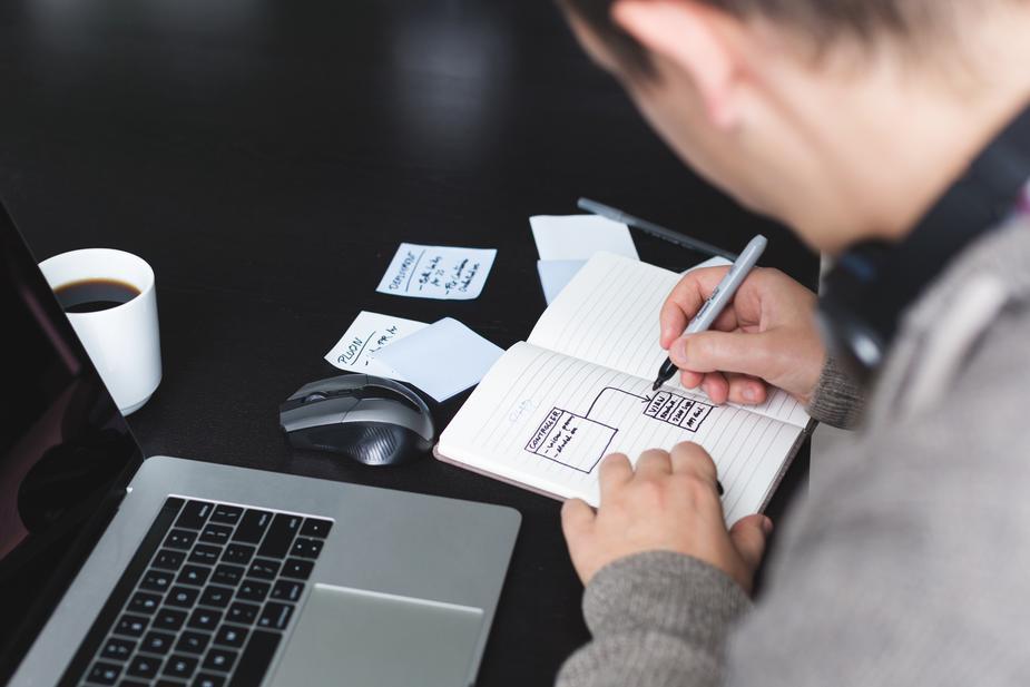 めちゃくちゃ便利でお得・節約になるクレジットカードを教える【楽天カード】